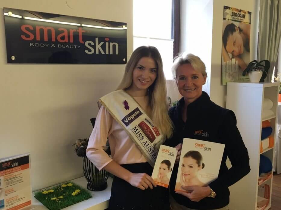 miss-austria stankovic daragana zu besuch bei smartskin